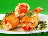 Пълнени калмари с домати, чушки и сирене по сицилиански печени в тава на фурна